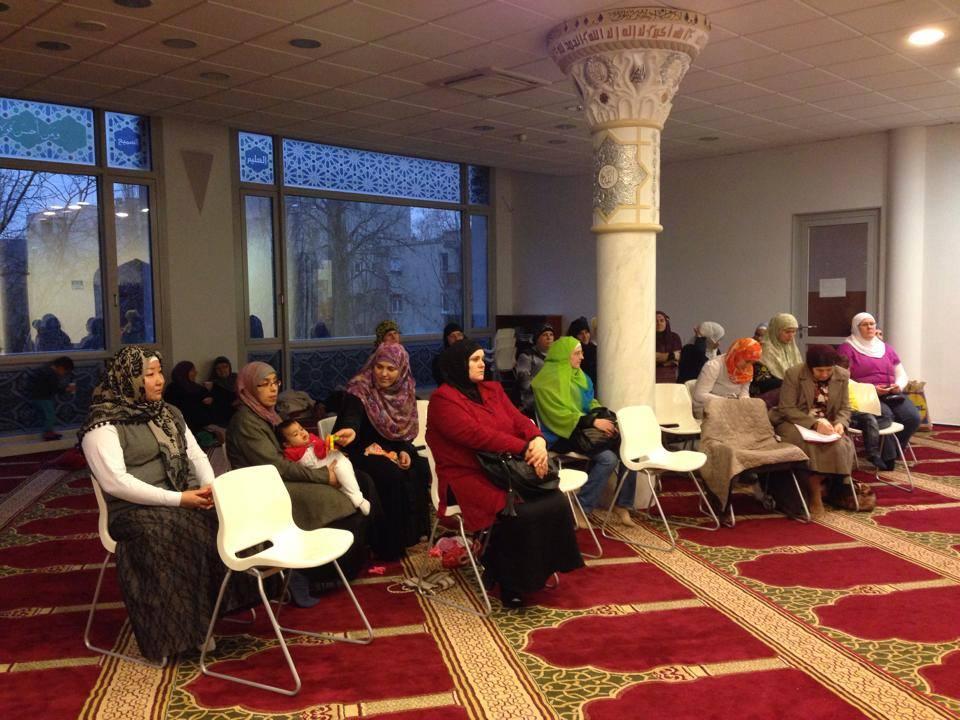 találkozó muszlim nők)